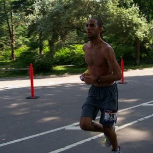 無知な初心者がハーフマラソンをぶっつけ本番で完走したら地獄をみた