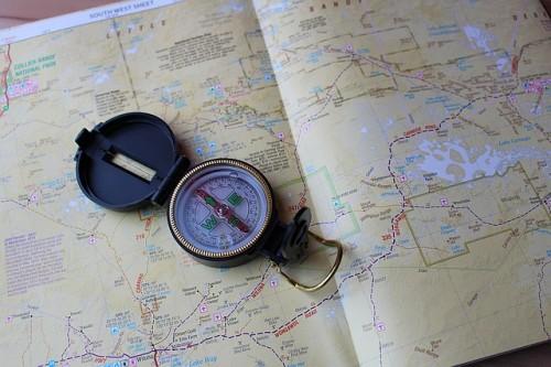 compass-626075_640