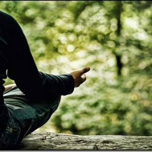 ファーストタスクの前に瞑想で頭をリセットするのはオススメの習慣