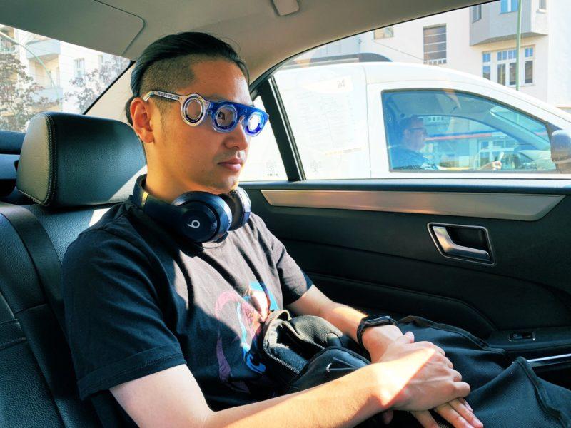 乗り物酔いに効く画期的なメガネ「シートロエン」 1