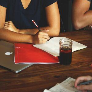 プロジェクトノートとナレッジノートは分けて情報整理する